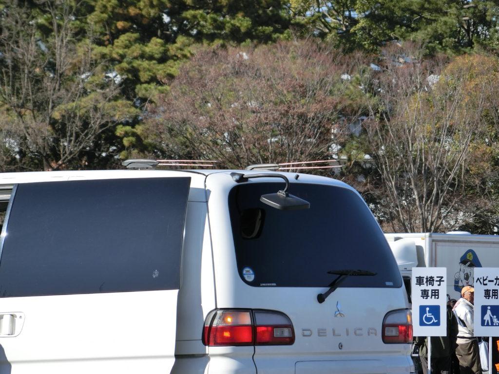 デリカスペースギアの覆面パトカー。冬季限定のシャモニーがベース。