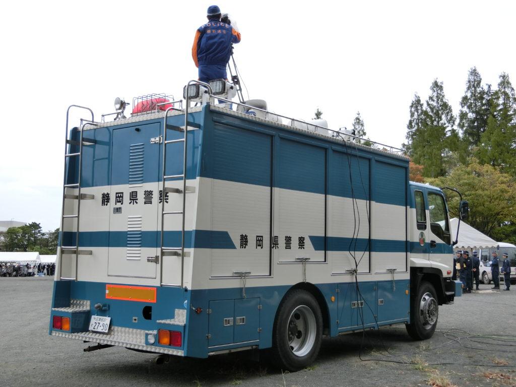 高床フォワードのレスキュー車。静岡県警から新潟県警に移動した。