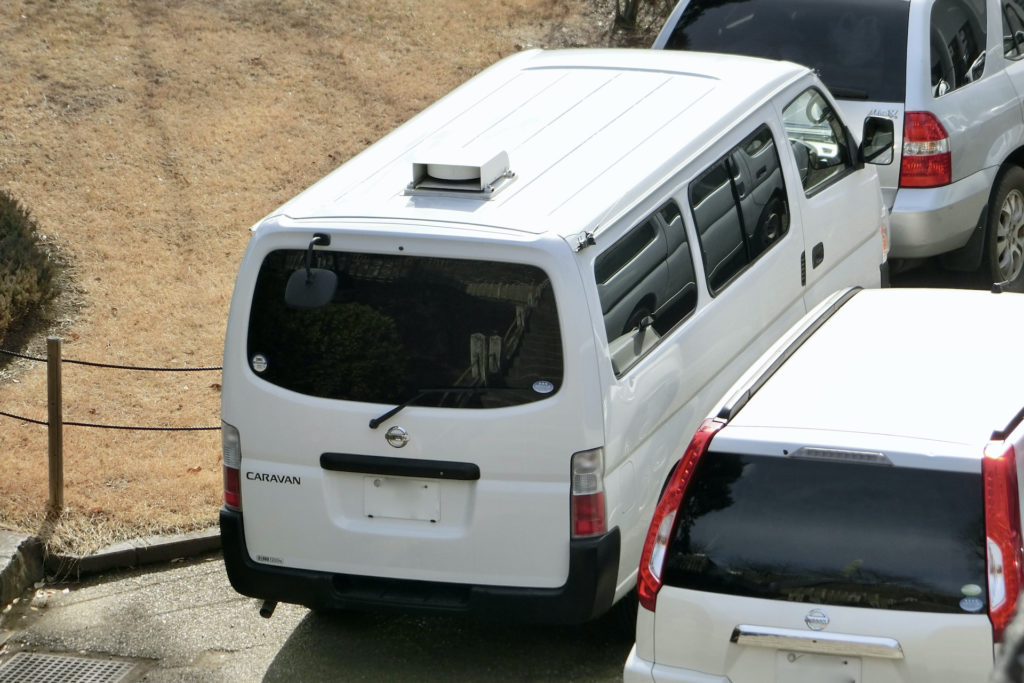 E25キャラバン警察犬搬送車